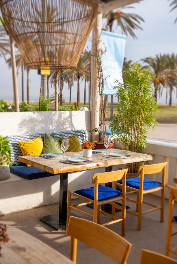Restaurante En Playa De La Patacona Restaurante Cocoa Patacona